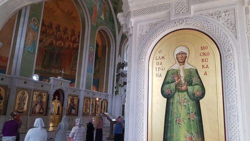 Икона святой Матроны в храме