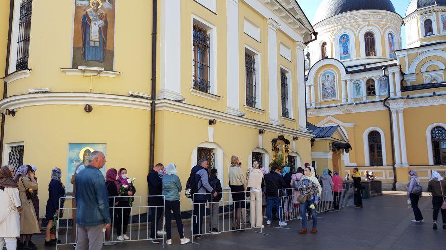 Покровский храм Покровского монастыря