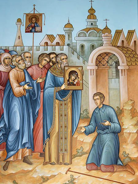 Крестный ход с Казанской иконой Божьей Матери