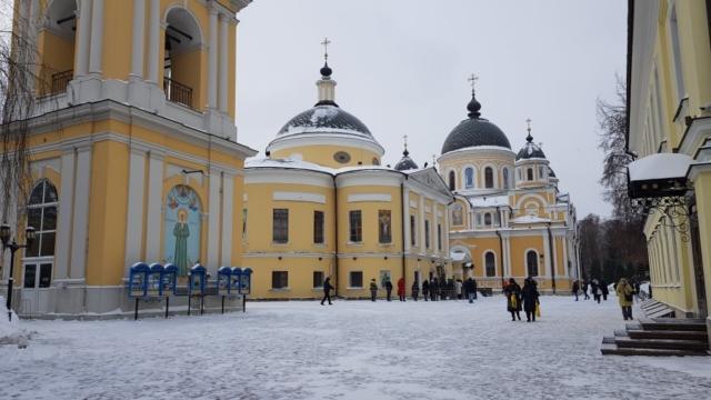 Снежная площадь