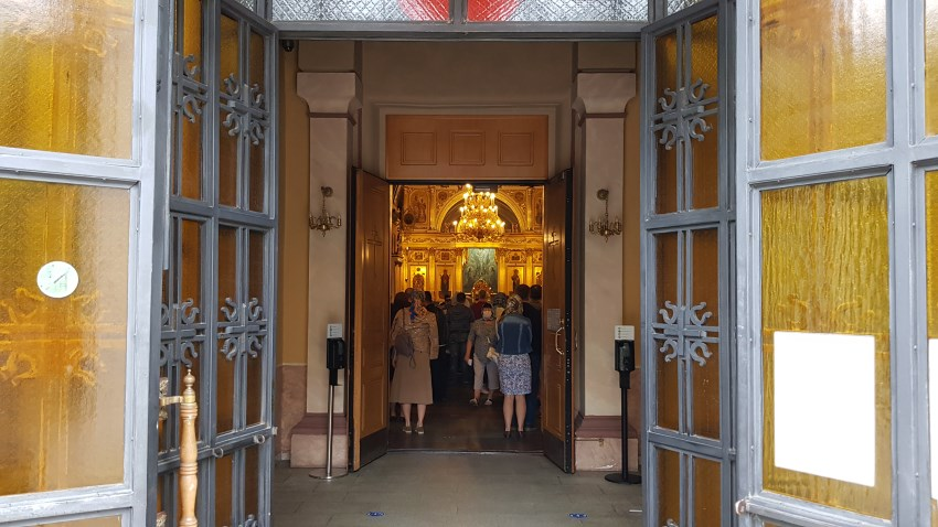 Свято-Воскресенский храм. Литургия