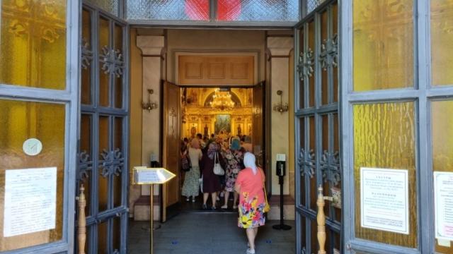 Литургия в Воскресенском соборе